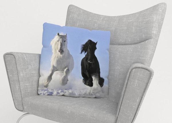 Koristetyynyliina HORSES 50x50 cm