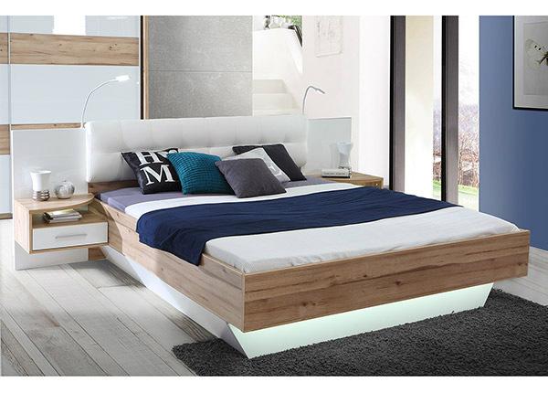 Sänky 160x200 cm + 2 yöpöytää