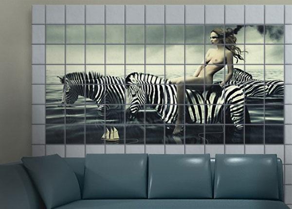 Kleebised seinaplaatidele Woman Posing With Zebras 60x120 cm