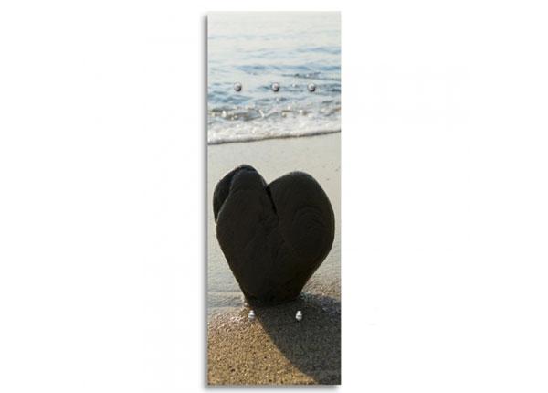 Seinanagi Heart on the beach