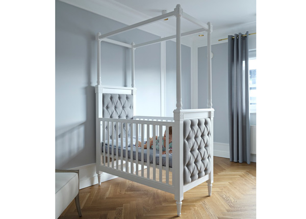 Детская кроватка Victoria Tufted 60x120 cm