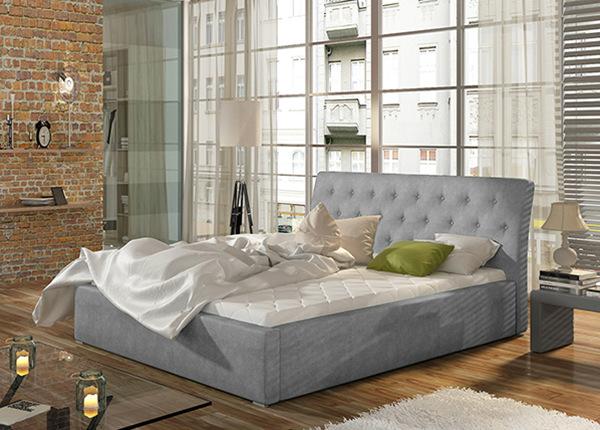 Pesukastiga voodi 200x200 cm