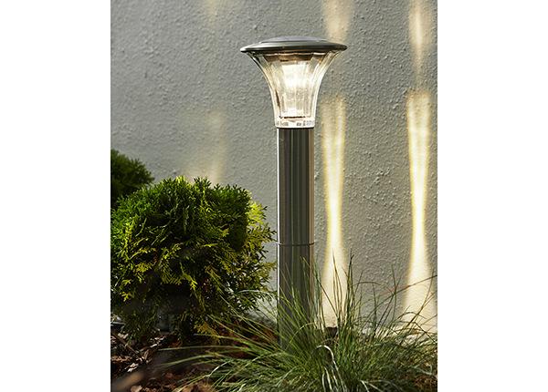 Päikesepaneeliga aiavalgusti