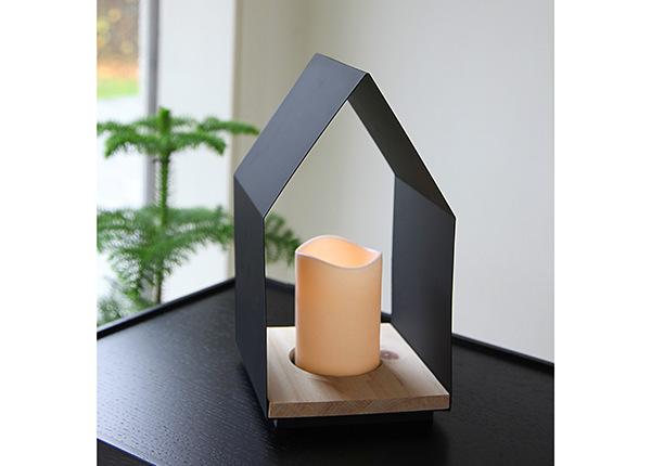Lyhty LED kynttilällä