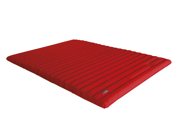 Ilmapatja integroidulla pumpullHigh Peak Dallas Twin 194x138x10 cm, punainen