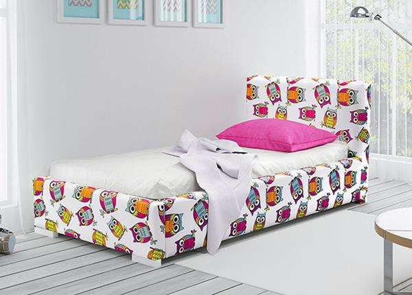 Sänky vuodevaatelaatikolla 90x200 cm