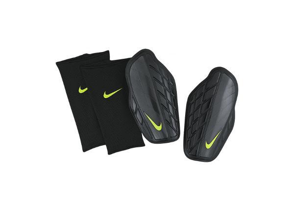 Miesten jalkapallo säärisuojat Nike Protegga Pro M SP0315-010