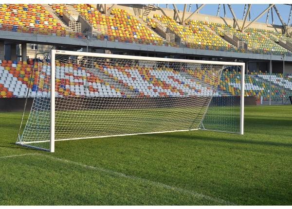 Jalgpallivärav liigutatav 7,32 x 2,44 m