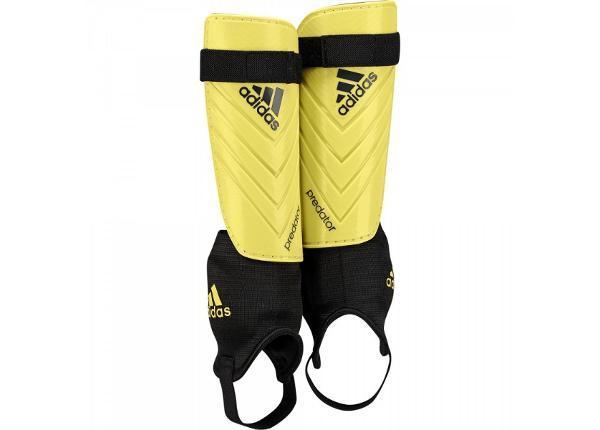 Meeste Jalgpalli säärekaitsmed adidas Predator Club M38673