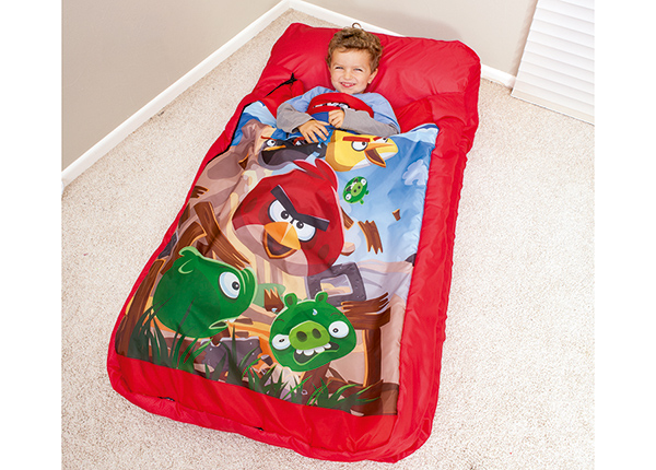 Надувной матрас со спальным мешком
