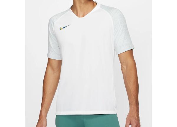Jalgpallisärk meestele Nike Breathe Strike Top M AT5870-100