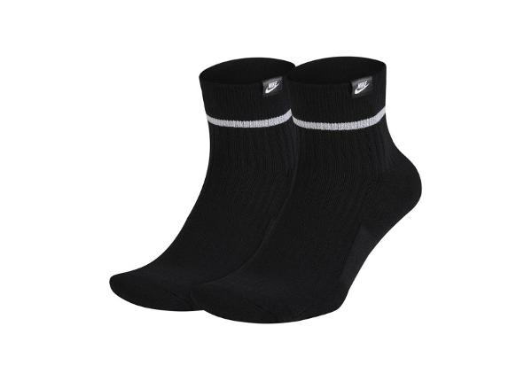 Aikuisten urheilusukat Nike Sneaker Essential Ankle 2 Pakkaus SX7167-010