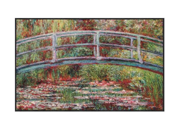 Matto Bridge Water Lilies