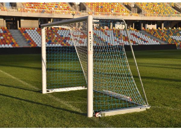 Jalgpallivärav alumiiniumist teisaldatav 3,0 x 2,0 m lisaraskusega 3 x 50kg
