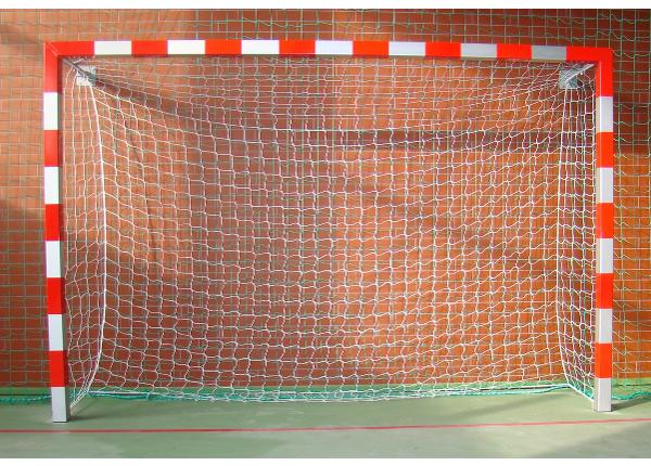 Käsipallivärav alu seinakinnitustega 3,0 x 2,0 m