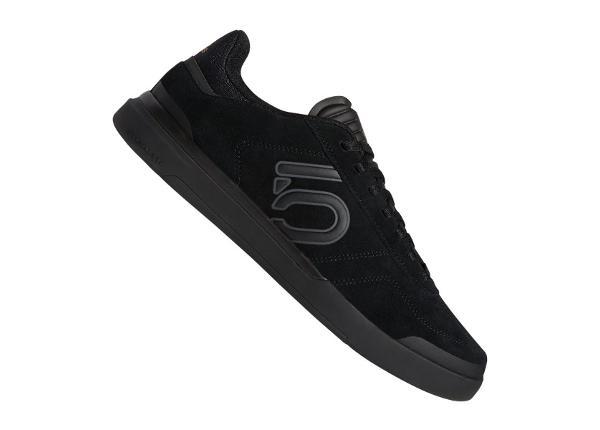 Vabaajajalatsid meestele adidas Sleuth DLX M BC0658