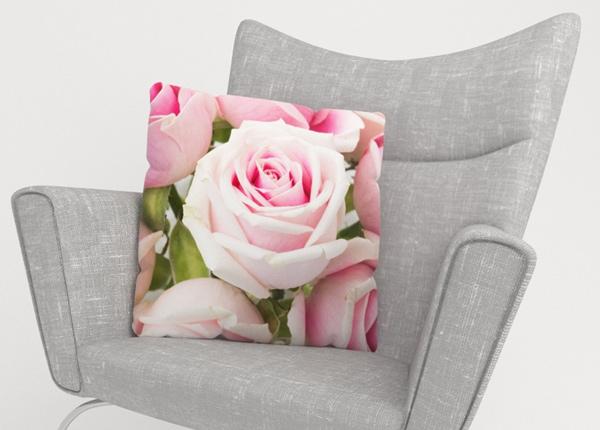 Koristetyynyliina Royal Roses