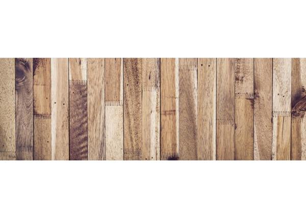 Köögi töötasapinna tagune Timber wall