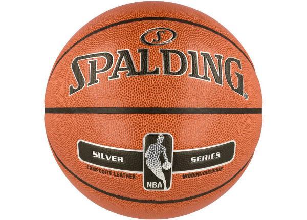 Koripallo ulko- ja sisäpelaamiseen Spalding NBA Silver
