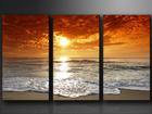 Kolmeosaline seinapilt Õhtune rand