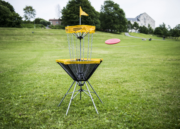 Kokoontaitettava frisbeegolfkori