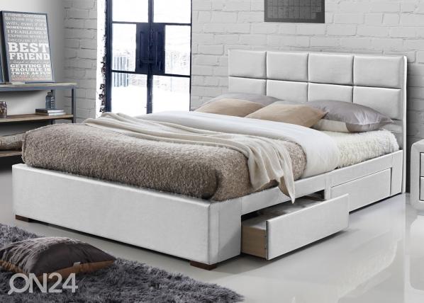 Sänky laatikoilla RA-124816