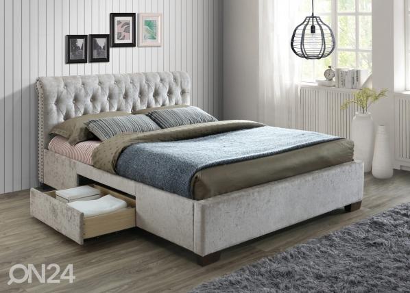 Sänky vuodevaatalaatikolla RA-145643