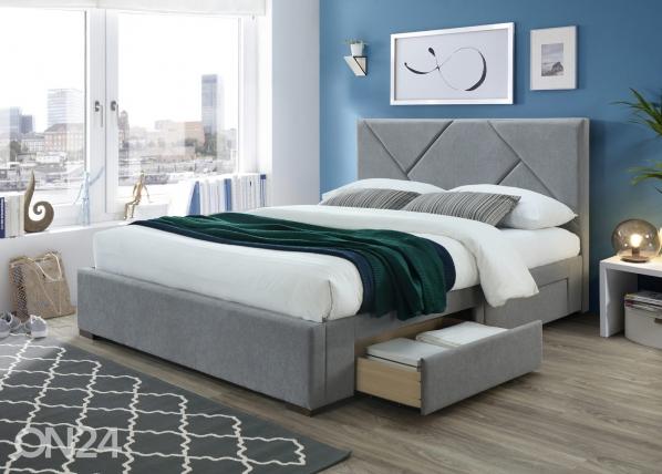 Sänky vuodevaatalaatikolla RA-145645