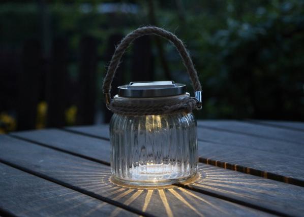 LED puutarhavalaisin aurinkoenergialla AA-90672
