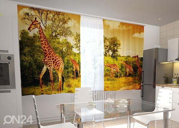 Läpinäkyvä verho GIRAFFES IN THE KITCHEN 200x120 cm, Wellmira