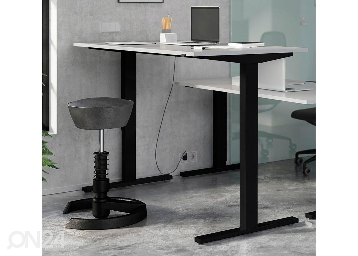 Työpöytä tai tietokonepöytä erilaisiin työtiloihin