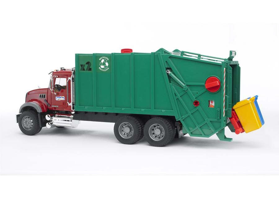 MACK jäteauto 1:16 BRUDER