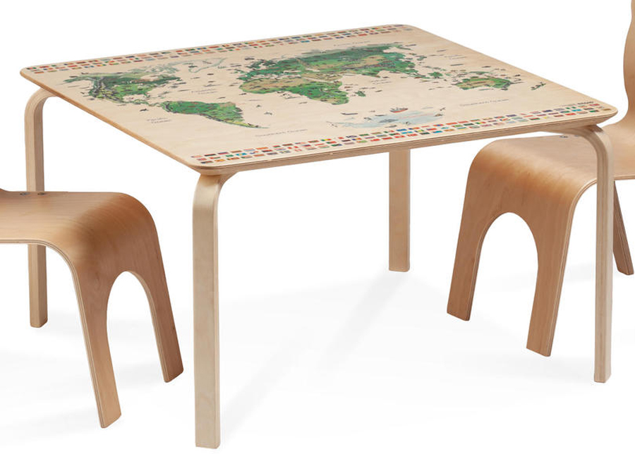 Lasten pöytä PIPPA REGIO MAAILMANKARTALLA