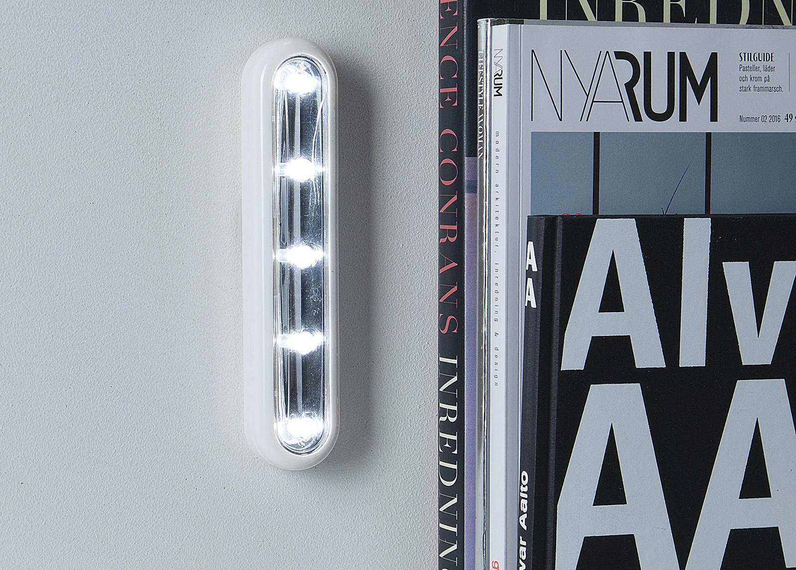 LED valaisin