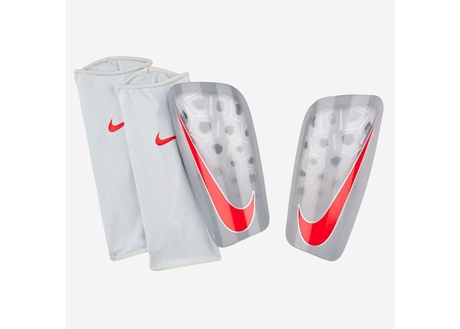 Miesten jalkapallo säärisuojat Nike Mercurial Lite SP2120-043