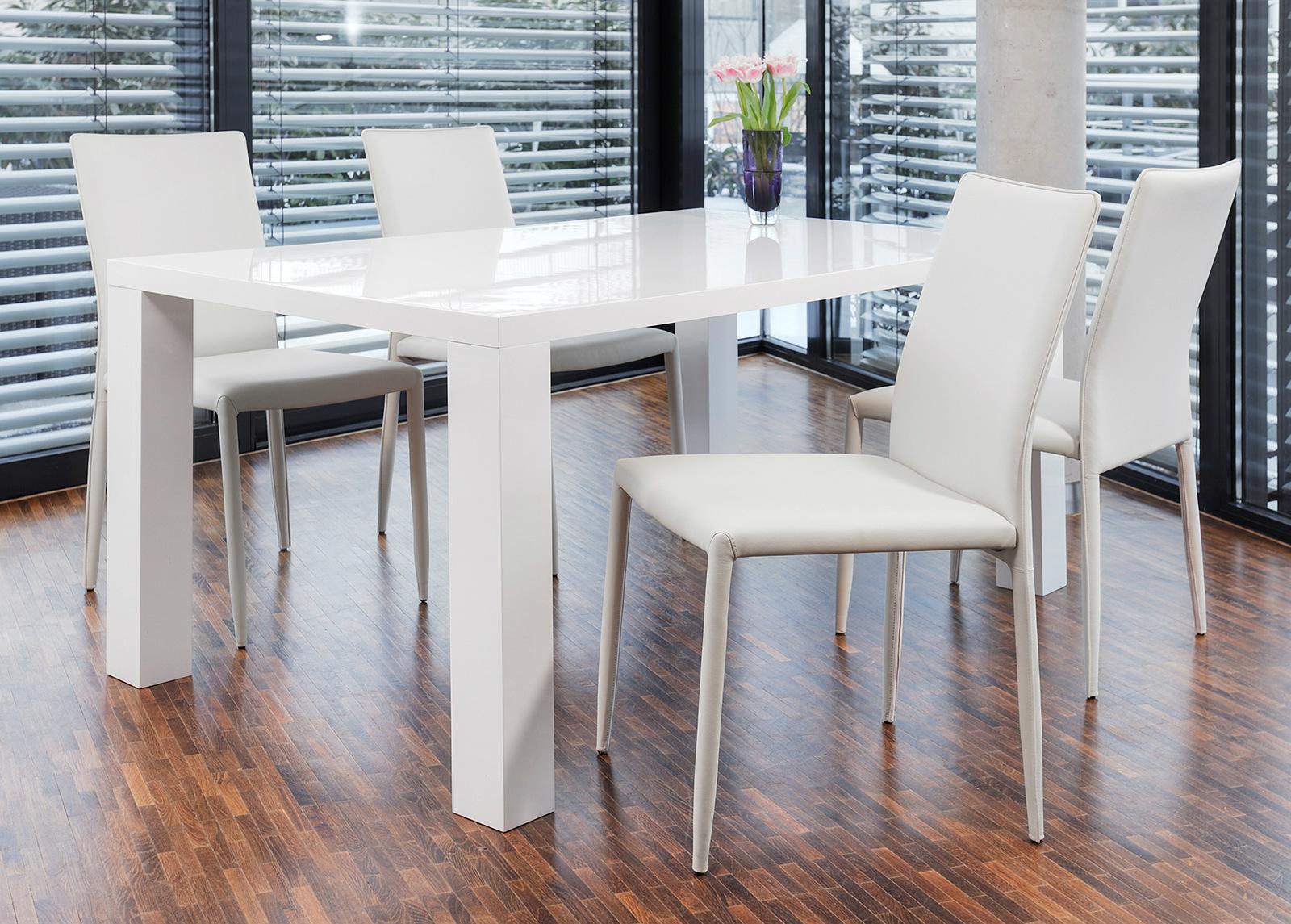 Korkeakiiltoinen ruokapöytä 90x180 cm