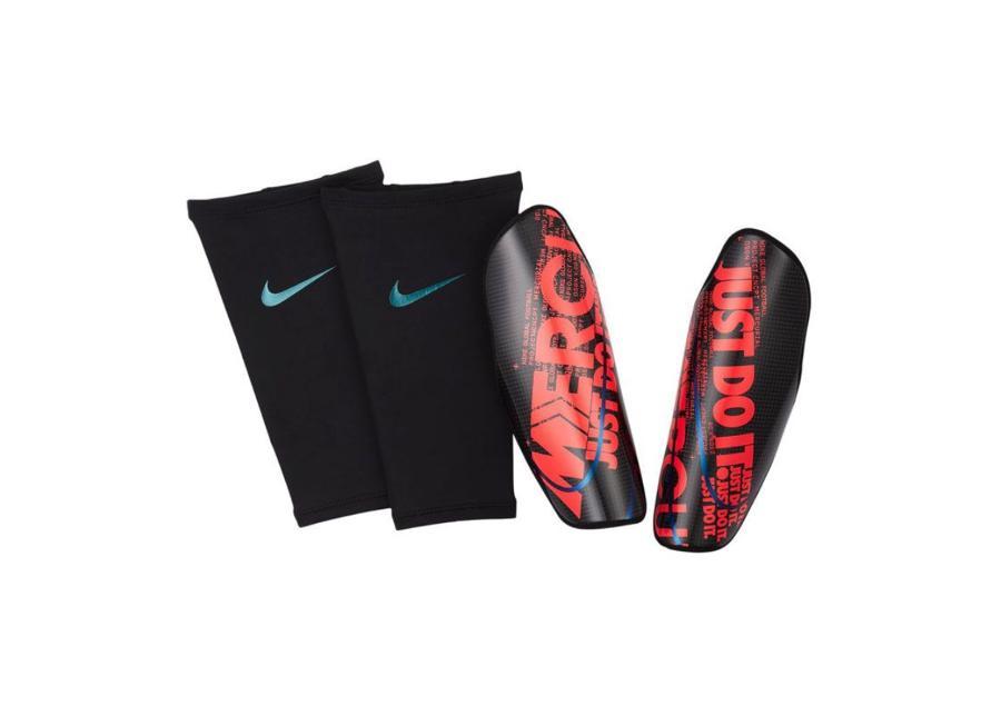 Miesten jalkapallo säärisuojat Nike Protegga Carbonite SP2108-014