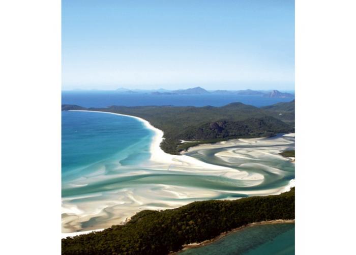 Fleece-kuvatapetti Aerial view of beach 225x250 cm