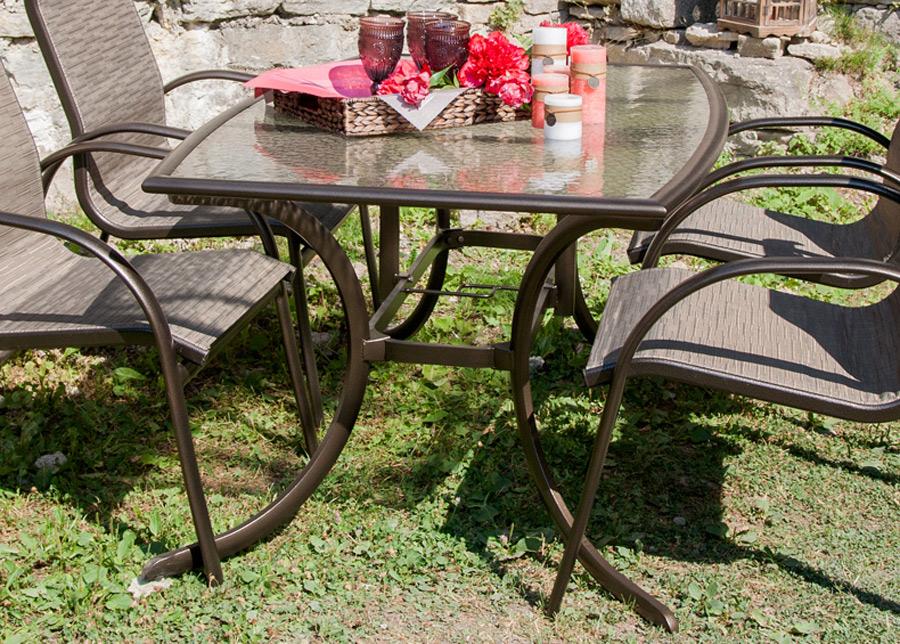 Puutarhapöytä MONTREAL