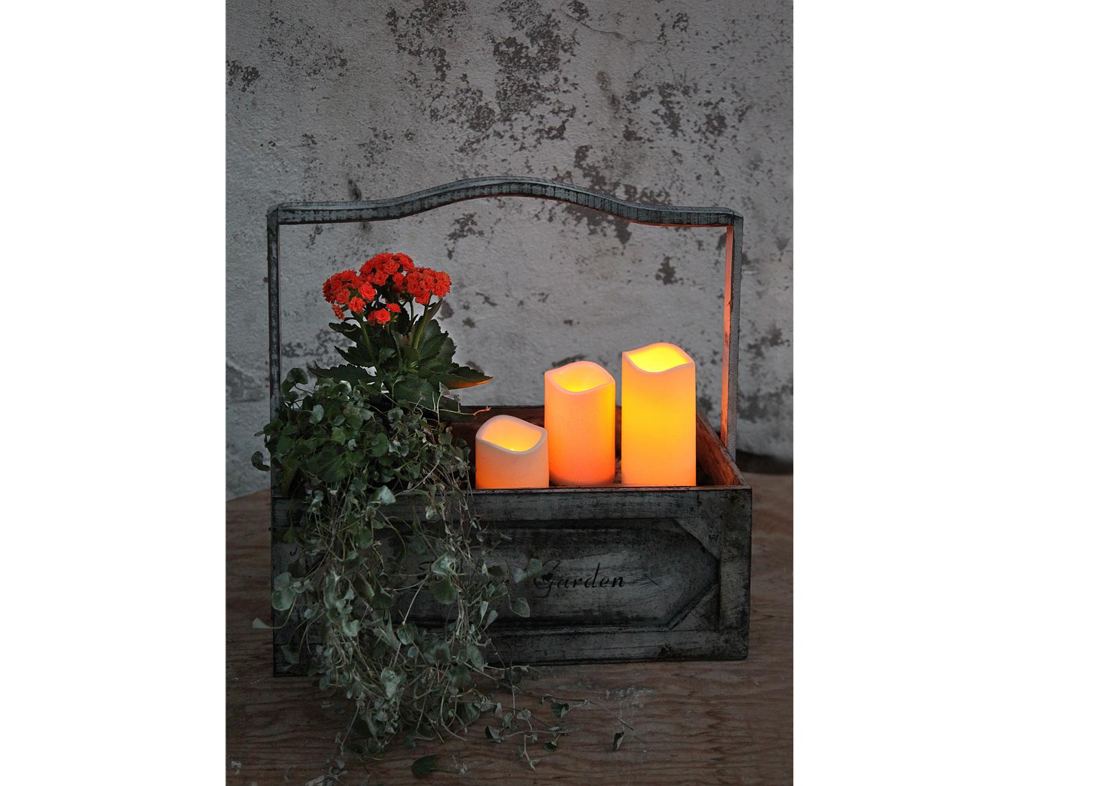LED kynttilä ajastimella 7,5 cm