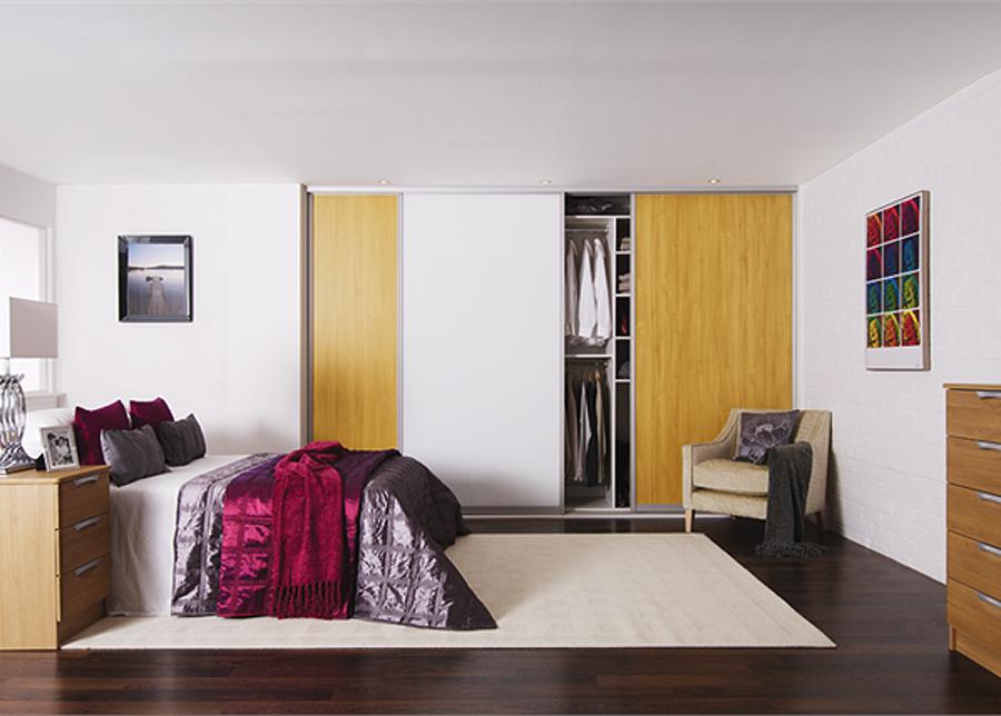 Liukuovet Prestige, 3 melamiiniovea 210-240x255 cm