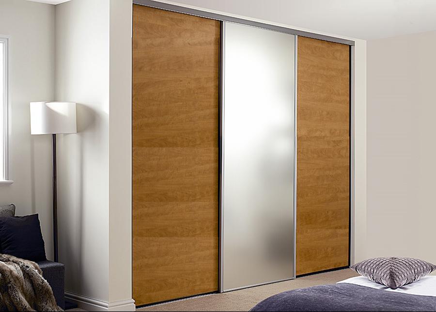 Liukuovet Prestige, 1 peili ja 2 melamiiniovea 241-300x255 cm